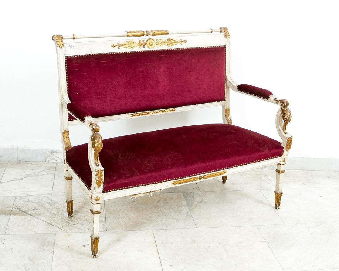 Classicist Salon Suite - 2