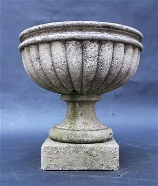 Classicist stone basin