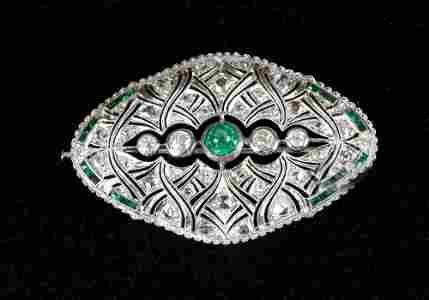 Diamond emerald brooche around 1920