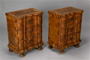 Pair of small Venetian chest of drawers