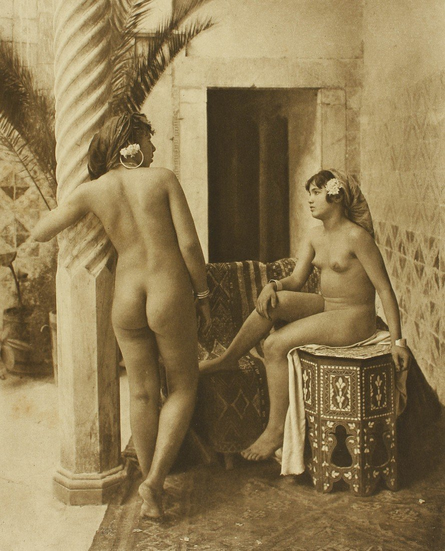 225   Lehnert and Landrock (XX)  4 desnudos, 1910-1930