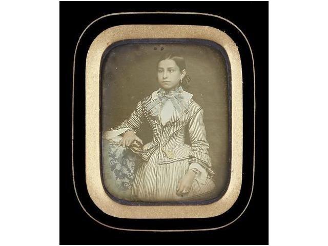 5   Fotógrafo desconocido (XIX)  Retrato de Estefania
