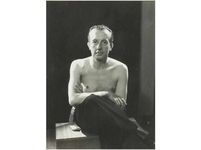 11: Paul Éluard., c. 1921-1922.