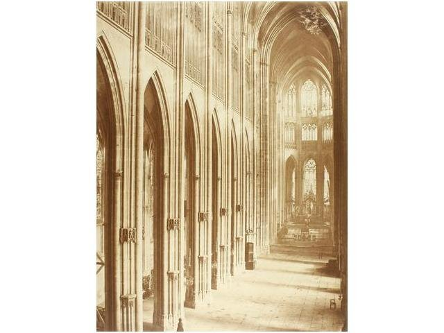 15:  15   Bisson Frères (XIX)  Interior Catedral de Sai