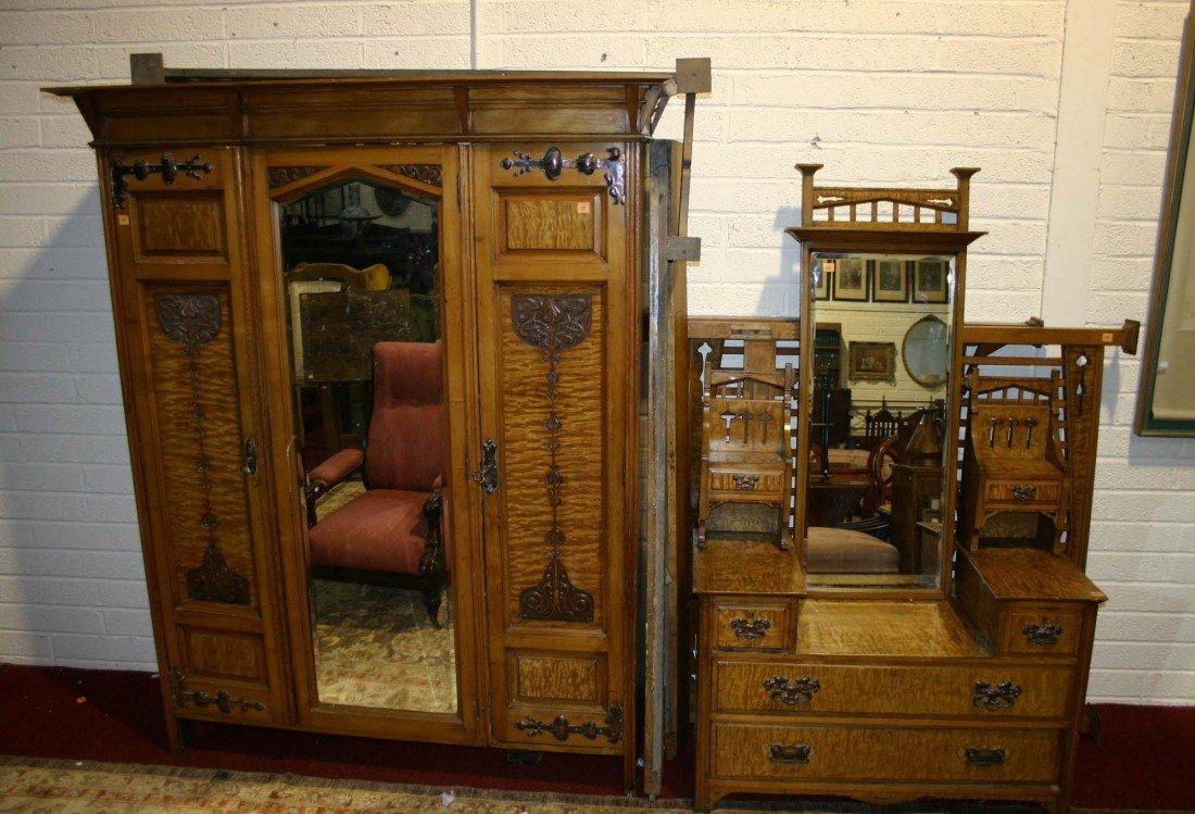 717: A suite of satinwood bedroom furniture, art nouvea