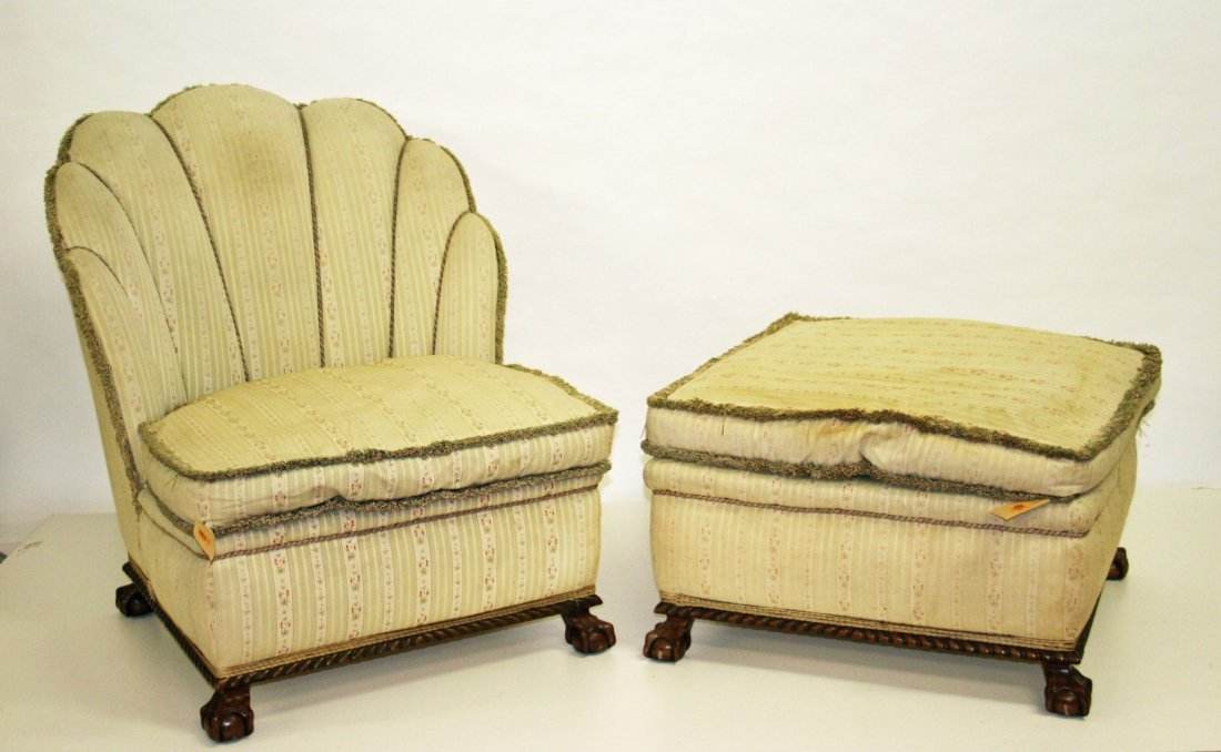 723: A Duchess brisee type shell back chair and stool o