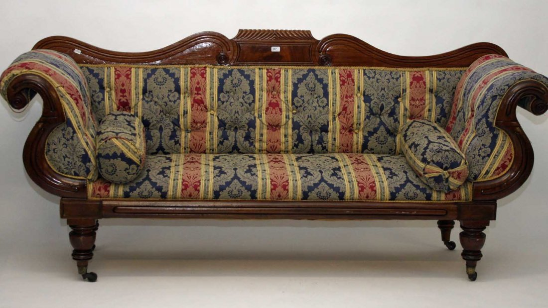 A LARGE WILLIAM IV PERIOD MAHOGANY DOUBLE ENDED SETTEE,