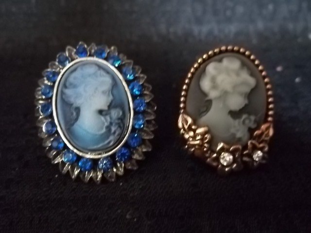 12: Two Cameo Rings