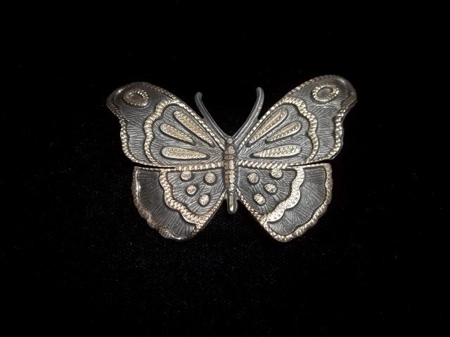 168: Old Sterling Silver Butterfly Brooch