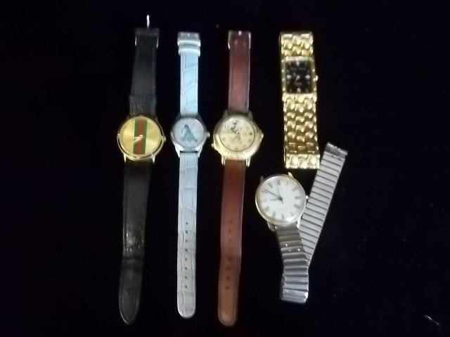 21: Lorus Mickey Mouse Timex Eeyore Watch Lot