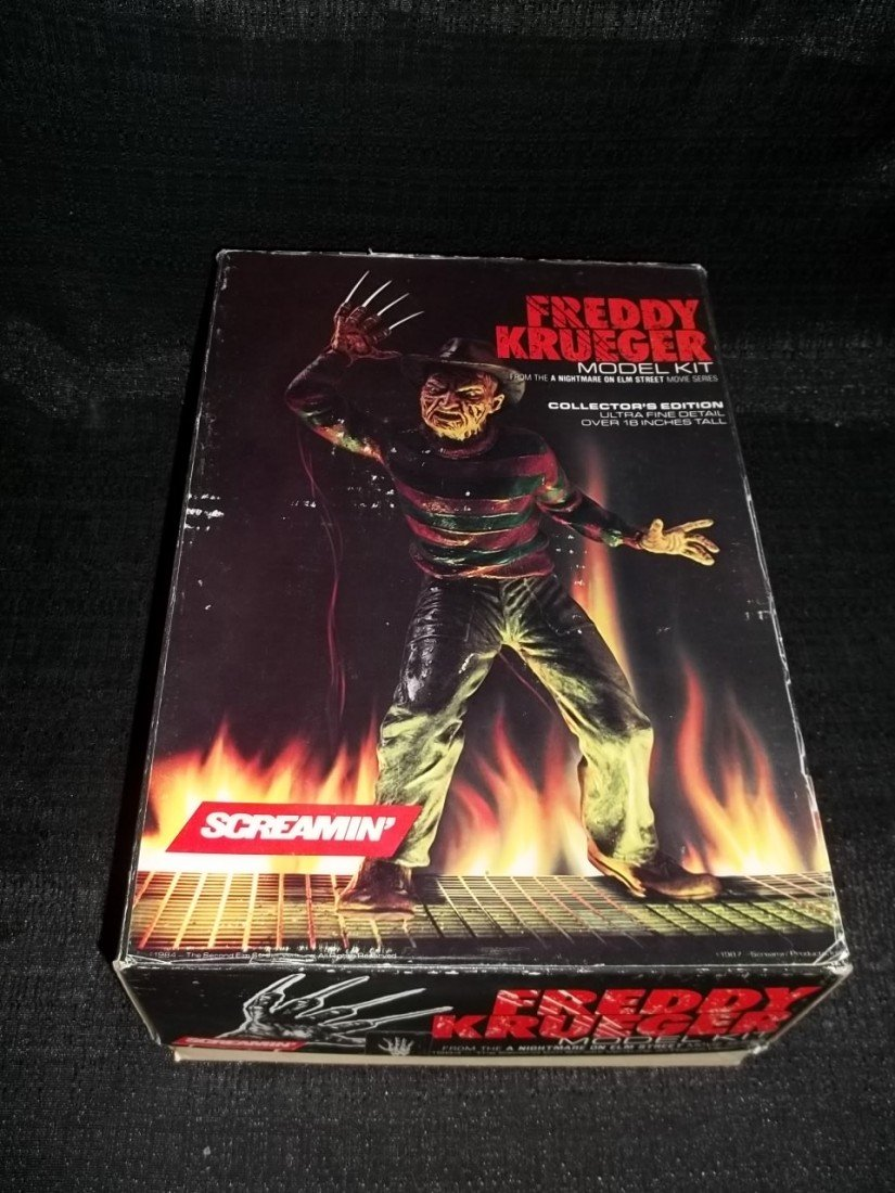 16: 1987 Screamin Freddy Krueger Model Nightmare on Elm
