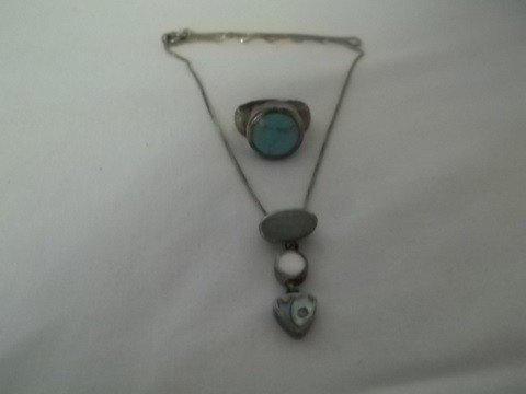 20: Sterling Silver turquiose ring w necklace