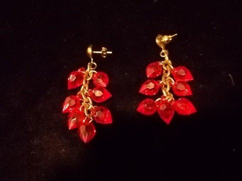 20: Ruby Red Dangley Earings