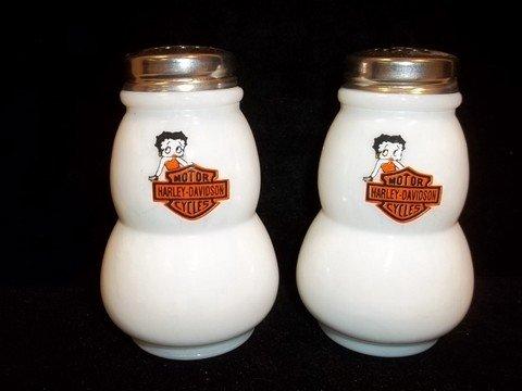 89: Betty Boop Harley Davidson Salt & Pepper