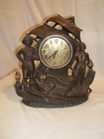 "4: Old United ""The Pirates"" Clock"