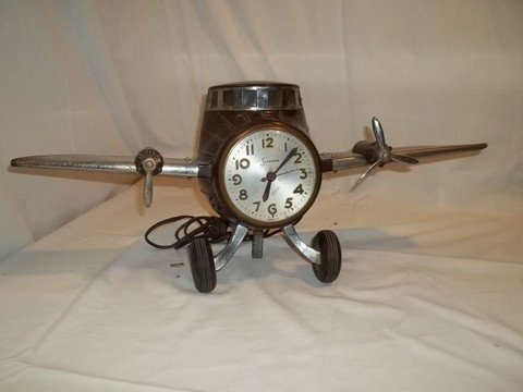 17: Rare Sessions Airplane Clock