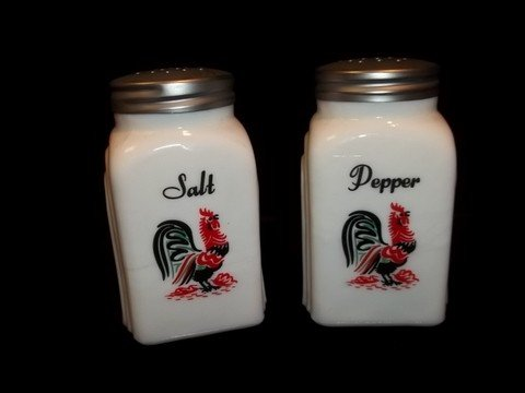 23: Rooster Salt and Pepper