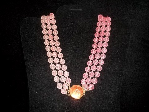 2: Nice vintage Pink Ice Costume Necklace