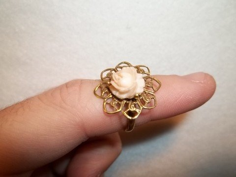 20: Nice flower cameo style ring