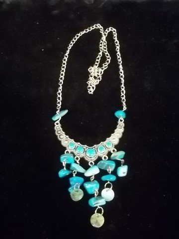 5: Native American Turquiose style necklace