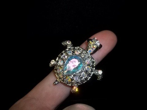 15: Rhinestone Turtle Ring