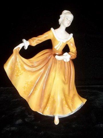 218: Royal Doulton Kirsty Figure