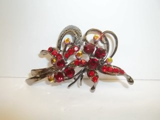 8: Nice Ruby Red Rhinestone Brooch