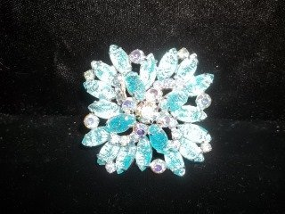 19: Nice Ice Blue Rhinestone Brooch