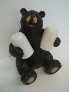 17: Bear Salt & Pepper