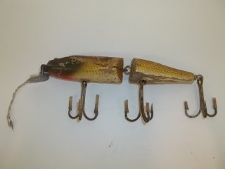 29: Old Wood Lure 7 Inch
