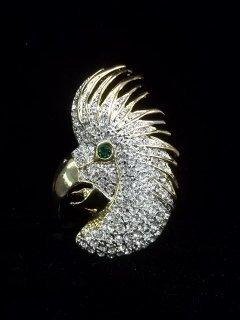 4: Rhinestone Parrot brooch