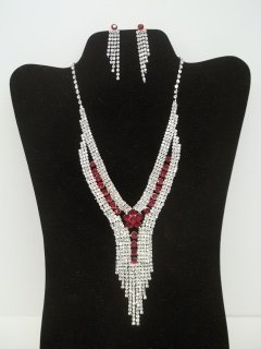 15: Great Ruby Rhinestone Necklace Earings