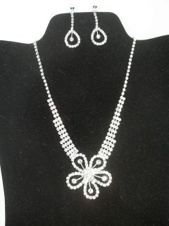 18: Rhinestone Flower Necklace Earings