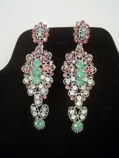 20: Beautiful Rhinestone Earings
