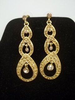 26: Gold Rhinestone Earings