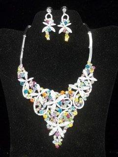 37: Gorgeous Rhinestone Necklace Earings