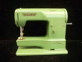 40 Old Elna Junior Swiss Sewing Maching Inspiration Elna Junior Sewing Machine