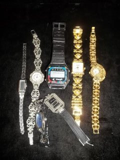 10: 7 Watch lot