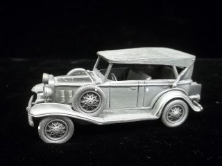 387: 1932 Cheverolet Phaeton Pewter Car