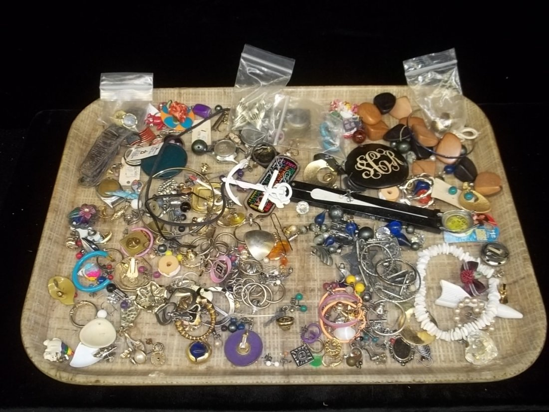 4: Mixed Jewelry Lot