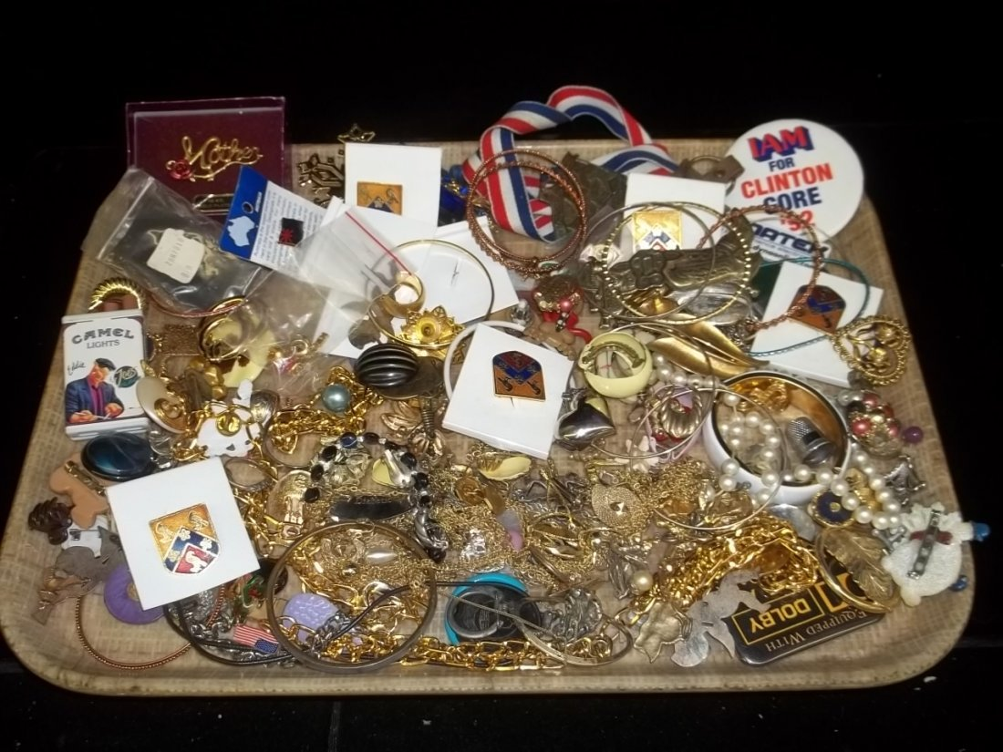 5: Mixed Jewelry Lot