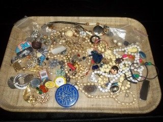 9: Mixed Jewelry Lot