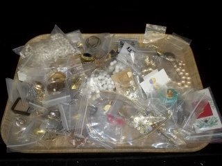 13: Mixed Jewelry Lot