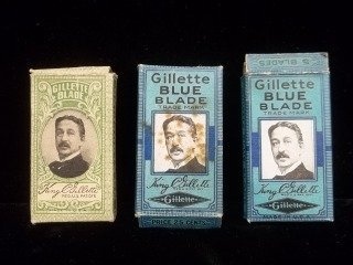 31: Old Gillette Razor Blades in box NOS