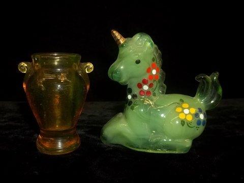 3: Boyd Hand Painted Unicorn & Amber Toothpick