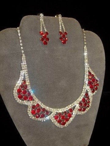 12: Ruby Red Rhinestone Necklace Earing Set
