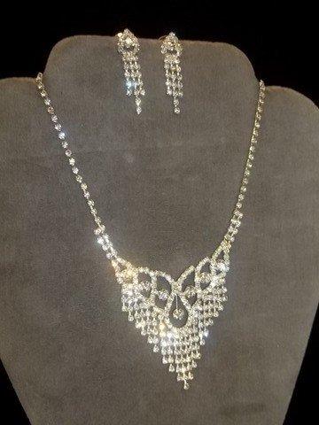 15: Rhinestone Necklace Earing Set