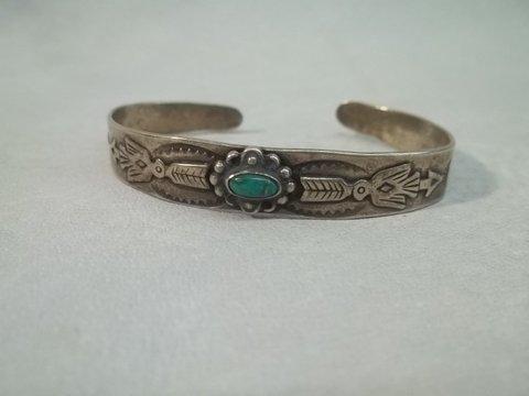 7: Native American Sterling Turquiose Pendant
