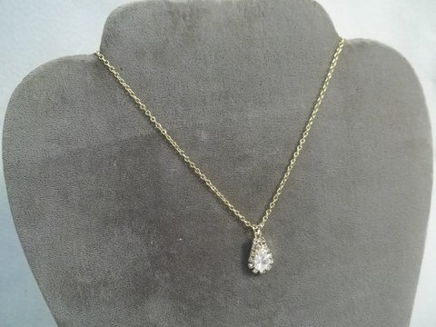 24: White Topaz Necklace