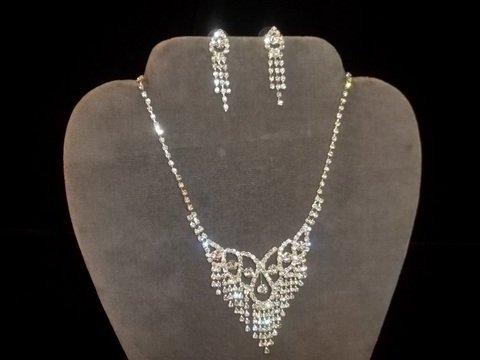 23: Rhinestone Necklace & Earrings